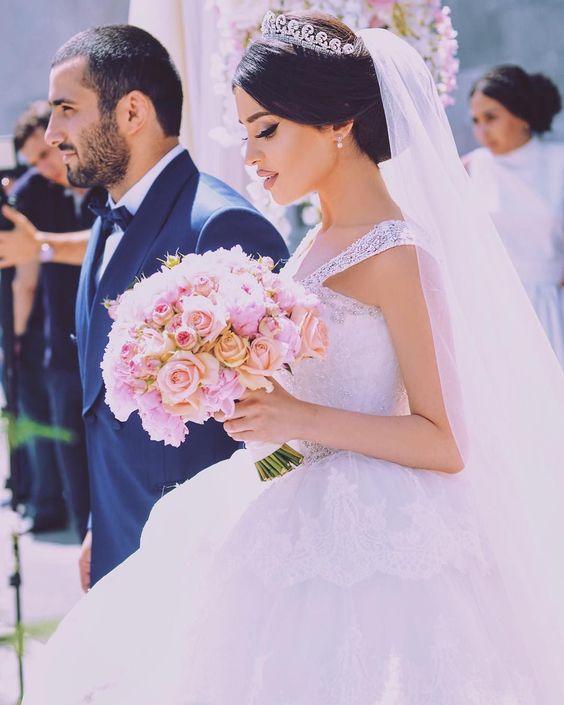 Знакомства в Армении - стране очаровательных женщин